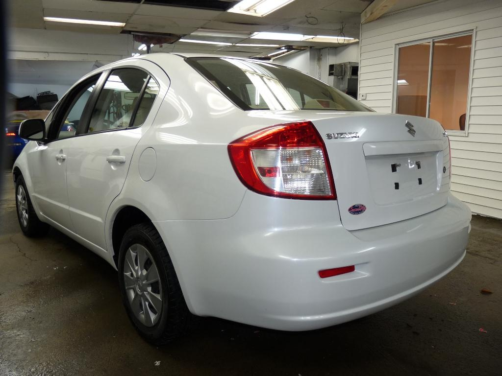 Photo -  Berline SX4 2010
