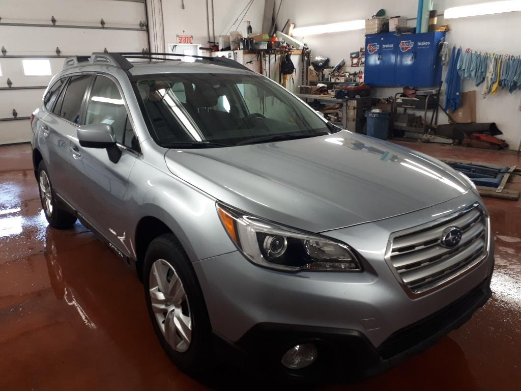 Photo - Subaru Outback 2015