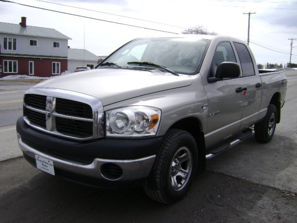 Photo - Dodge Ram 1500 2008