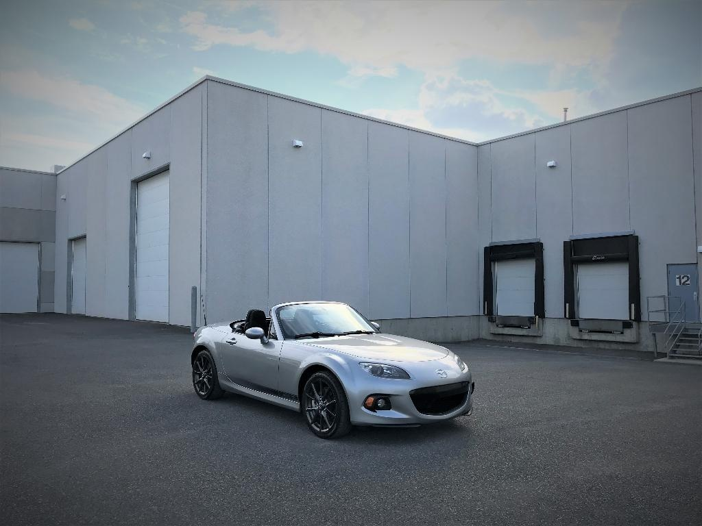 Photo - Mazda MX-5 Miata 2013